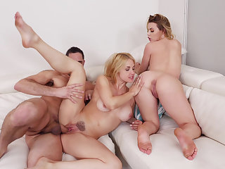 Mommy in a threesome