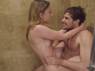Amateur blonde fucks in the shower big duration