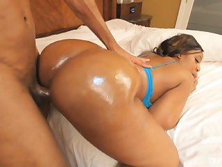 Giant bottomed black pole dancer Krystal Wett gets nailed doggy hard