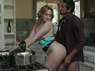 Stepdad caught naughty stepdaughter Britney Light riding sybian