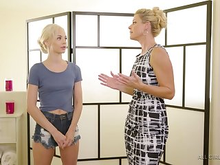 India Summer gives a massage to sweet looking client Elsa Jean