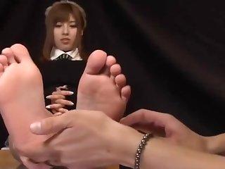 Kokomi Naruse Sweaty Feet on Glass Table and Footjob
