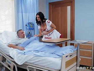horny nurse Jasmine Jae adores fuck and a blowjob in the hospital