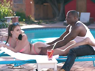 White sunbathing chick Gia Derza is having crazy quickie with horny black poolboy
