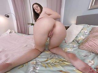 Alone long legged Hungarian Alessandra Amore loves teasing herself