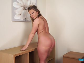 Clothes are overrated with a big ass like hers and Daisy is a sexy home nudist