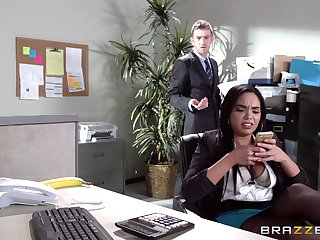 Sex on the office table with Latina secretary Selena Santana