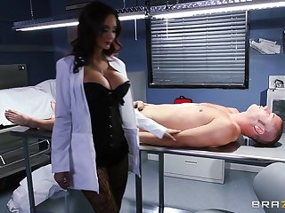Hardcore fucking on the chair with fake boobs Ava Addams