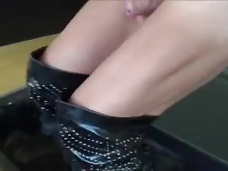 2933874 hooker Leather lady-man Meet Daddy B
